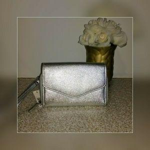 Handbags - Metallic Silver wristlet *NWT