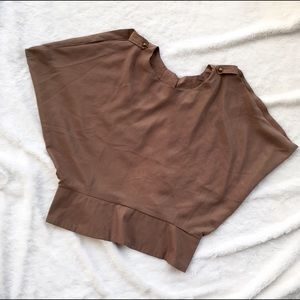 Zinga open back brown shirt