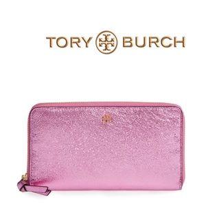Tory Burch Handbags - Tory Burch Metallic Wallet