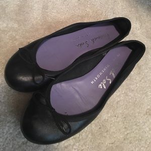 London Sole Shoes - French Sole Black Flats