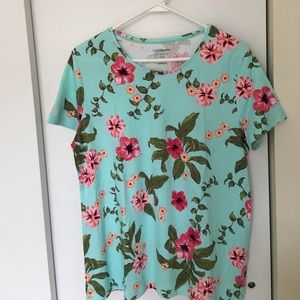 croft & barrow Tops - Super soft tropical print t-shirt