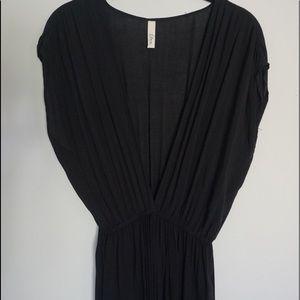 Nolah Elan Dresses & Skirts - Black Plunge V-Neck Floor-Length Dress