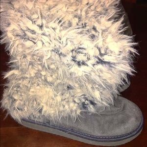 Claire's Shoes - Fur Boots