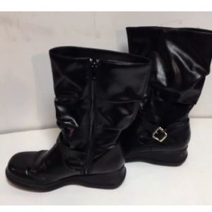 Shoes - Black women's boots