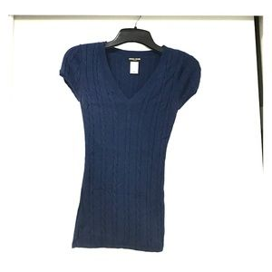 Long V-Neck Cable Knit Navy Top