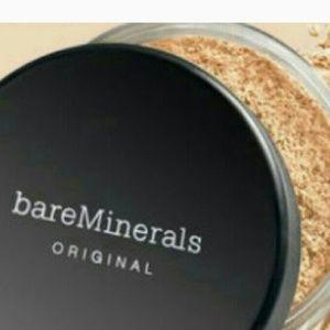 Bare Escentuals Other - (W30)Bare Escentuals foundation