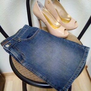 BDG Dresses & Skirts - *Price drop* Denim jeans skirt stretchy size 3/4