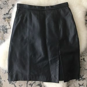 Black genuine leather Tadashi skirt