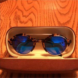 Illesteva Accessories - Illesteva Milan Illesteva Milam III sunglasses.