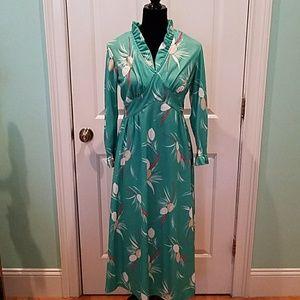 VINTAGE 70's GREEN FLORAL DRESS