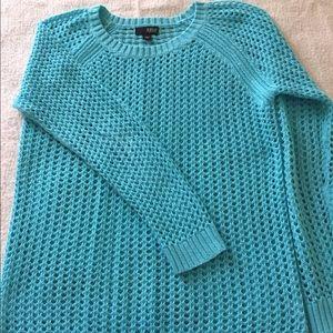 Open knit long sleeve, light weight sweater.
