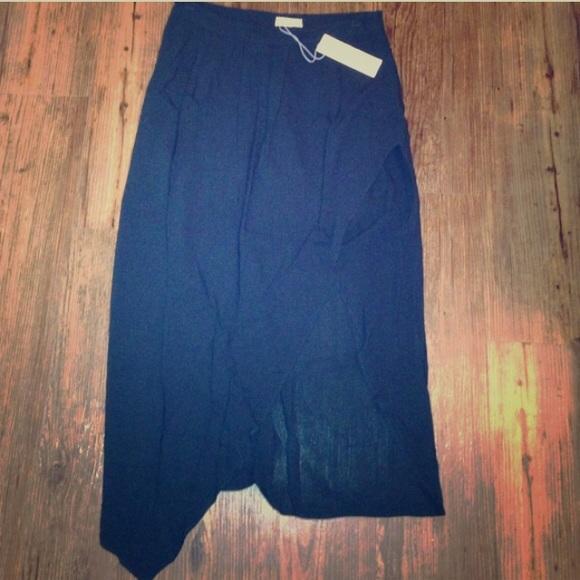 Urban Outfitters Dresses & Skirts - • midi skirt •
