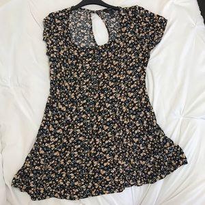 Forever 21 Dresses & Skirts - black floral dress