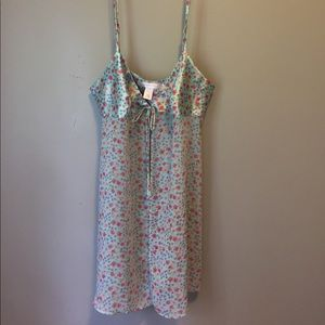 pretty victoria's secret nightie size S