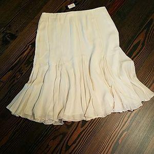 Dana Buchman Dresses & Skirts - Dana Buchman Off5th skirt