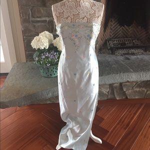 Jessica McClintock Dresses & Skirts - STUNNING vintage satin strapless gown