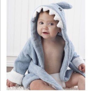 Baby Aspen Other - BABY ASPEN SHARK BATH GIFT SET 0-9 mos
