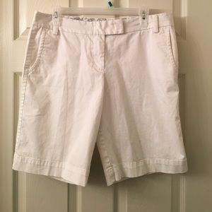 J. Crew Pants - J. CREW White City Fit Bermuda Walking Shorts sz 8