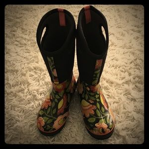 Bogs Shoes - Bogs Rain Boots ☔️