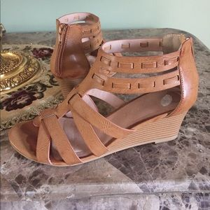 Restricted Shoes - Restricted Wedge Sandal
