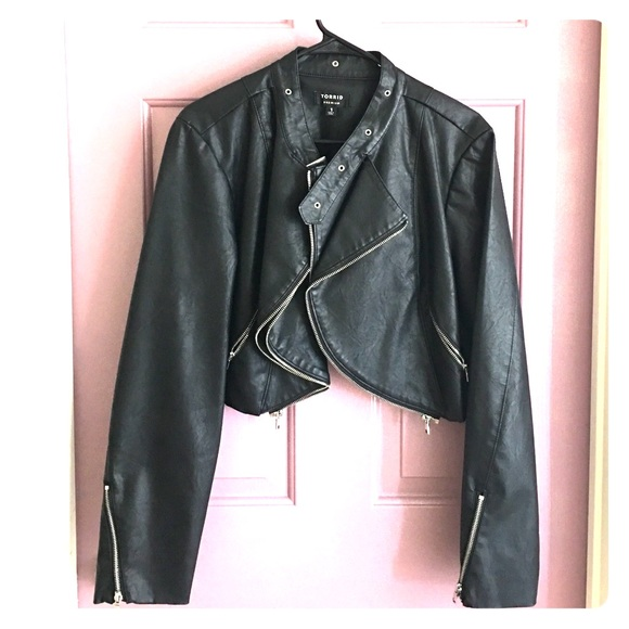 88f58be7d29c9 TORRID BLK FAUX LEATHER JACKET. M 58f91bf64e8d17ec4302b1eb