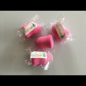 Mint Pear Beauty Other - High quality, reusable, latex free cosmetic sponge
