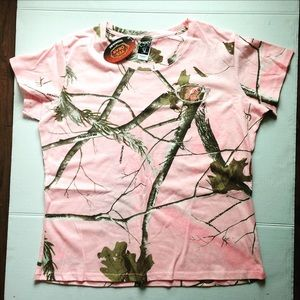 Tops - ❤️SALE❤️ Pink Camo tShirt  women's size Large NWT