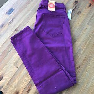 Old Navy Denim - NWT Old Navy rockstar jeans Purple size 8