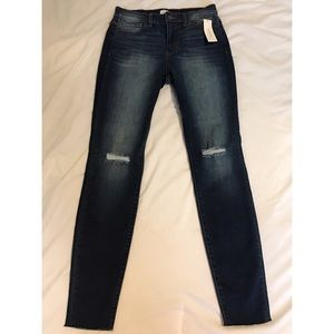 American Eagle Outfitters Denim - NWT Francesca's Skinny jeans mid rise