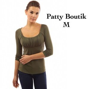 PattyBoutik Tops - ⤵️Perfect Long Sleeve Olive Ruched Collar Top M