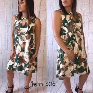 Boutique Dresses & Skirts - Sleeveless summer dress