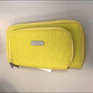 Baggallini Handbags - Baggalini Hudson Wallet in Lemonade