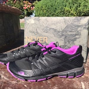 The North Face Shoes - NEW The North Face Litewave Athletic Shoes 6.5