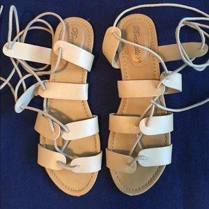 Breckelles Shoes - Breckelles tan lace up sandals size 8