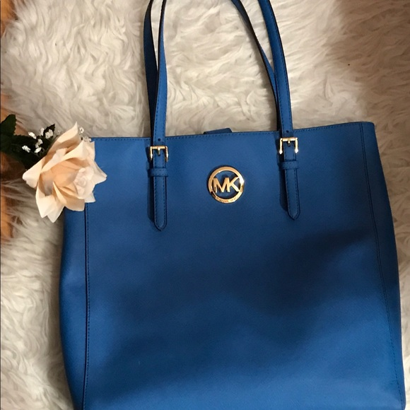 35 off michael michael kors handbags michael kors