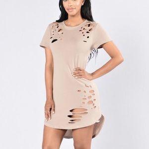 Fashion Nova Dresses & Skirts - Short Sleeve Ripped Sweater Dress Tunic Size M