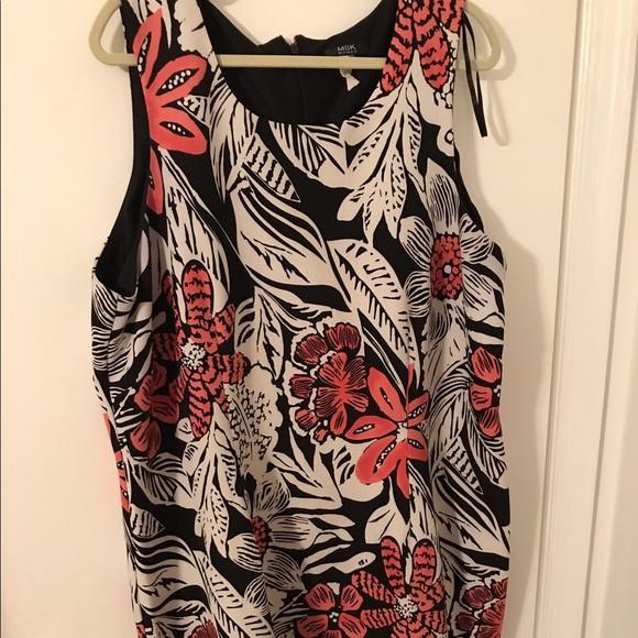 Plus size dress Macy\'s. MSK women