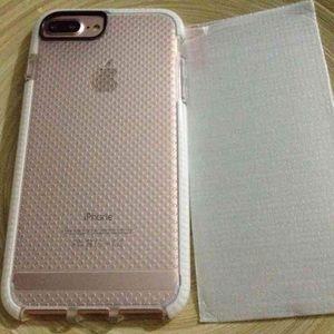 Accessories - iPhone 7/7plus soft clear case