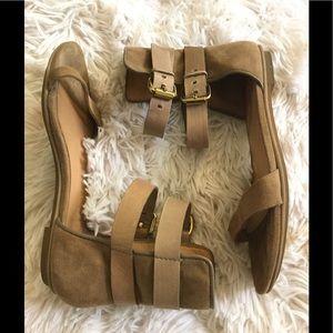 L.A.M.B. Shoes - 🌹Lamb leather Strap sandals 🌹