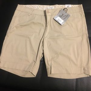 Fashion to Figure Pants - BRAND NEW NEVER WORN WITH TAG SHORTS