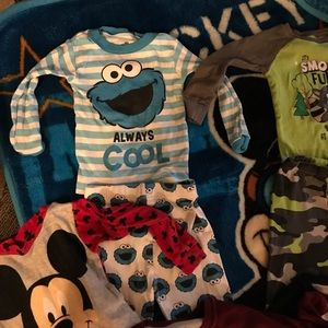 AME Sleepwear Other - Gently used Character/sports pajamas