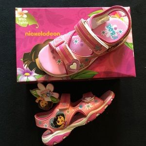 Dora the Explorer Other - New LIGHT UP DORA 11 Sandals Pink Velcro Sport NIB