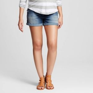 Pants - Liz Lange Maternity denim shorts!