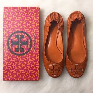 Tory Burch Shoes - Tory Burch Orange Patent Reva Flats, Size 9