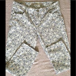 jordache Pants - NWOT white floral skinnys