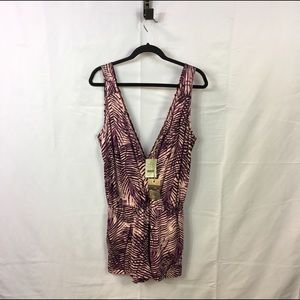 Alternative Apparel Pants - NWT Alternative Apparel Lotus Print Romper L