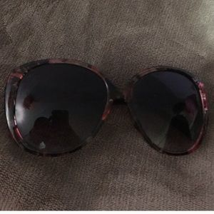 Accessories - Black and floral sunglasses