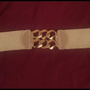 Lilly Pulitzer Accessories - Gold Lilly Belt