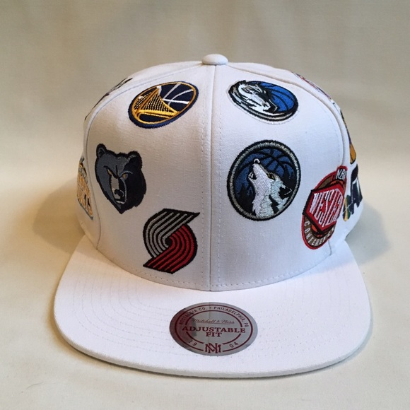 44e5f00b NBA All Over snapback hat NWT