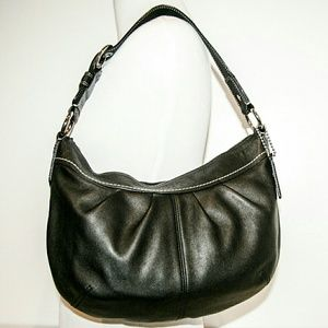 Coach Handbags - Coach Hobo Bag Black